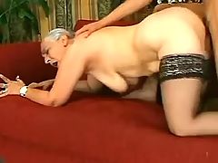 Grey mature jumps on strong cock