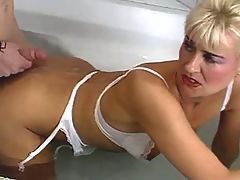Mom fucks and get jizzed in jacuzzi